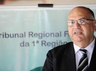 O desembargador Jirair Aram Meguerian, do TRF-1ª, votou pela proibição da cobrança. Foto: Wilson Dias/ABr