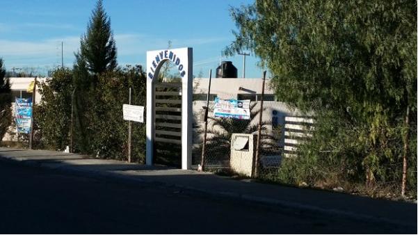 La fachada de un instituto privado de computación que funciona en un predio en notorias malas condiciones en Torreón, Coahuila. Foto: Diário de Yucatán